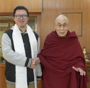 易松楠: 中国留学生亲赴达兰萨拉觐见达赖喇嘛尊者之感想