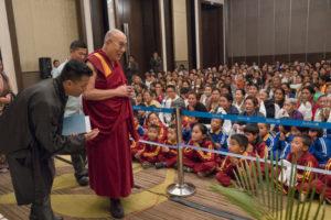 达赖喇嘛再对中国改革表乐观 透露曾与习近平友人接触