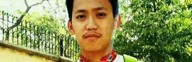 一名在印度的流亡藏人学生自焚