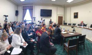 在美国国会举行西藏宗教信仰自由受压情况听证会