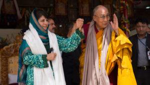 达赖喇嘛尊者在列城传法并会晤了查谟-克什米尔邦首席部长