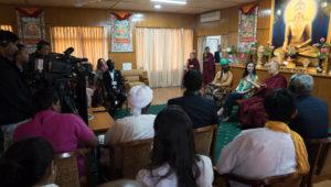 达赖喇嘛尊者会晤来自冲突区青年领袖
