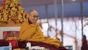 达赖喇嘛尊者向华人为主的信徒讲授《金刚经》