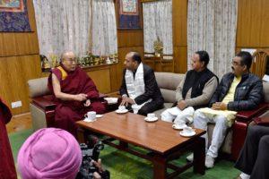 达赖喇嘛会晤喜马偕尔邦新任首席部长杰拉姆·塔库尔