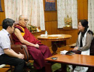 道德的力量—专访达赖喇嘛尊者  专访者:朱瑞(华裔作家)