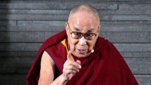 达赖喇嘛与称受藏传佛教上师性侵的受害者会面