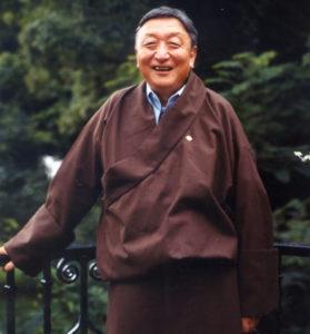 嘉日洛珠(Lodi Gyari)为达赖喇嘛和西藏人民服务的一生