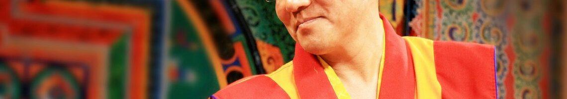 喇荣寺五明佛学院主持的国际弘法平台关闭疑受中国政府施压