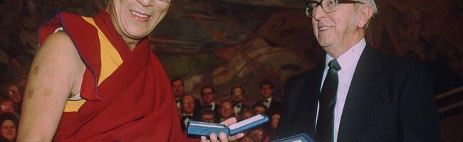 回顾获奖31年 达赖喇嘛:我没有给诺贝尔和平奖丢脸